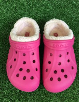 crocs fuzz lined clogs